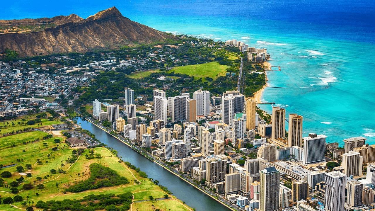 L'île d'Oahu, à Hawaï, où a eu lieu le tournage de FINDING 'OHANA.
