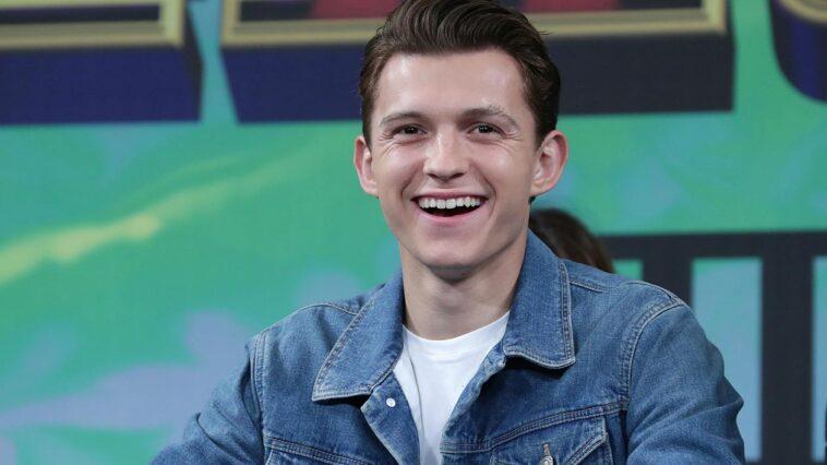 """Tom Holland assiste à la conférence de presse pour la première de """"Spider-Man : Far From Home"""" à Séoul, le 1er juillet 2019, en Corée du Sud."""