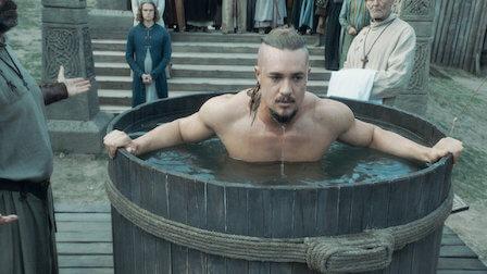 Alexander Draymond dans le rôle d'Uhtred