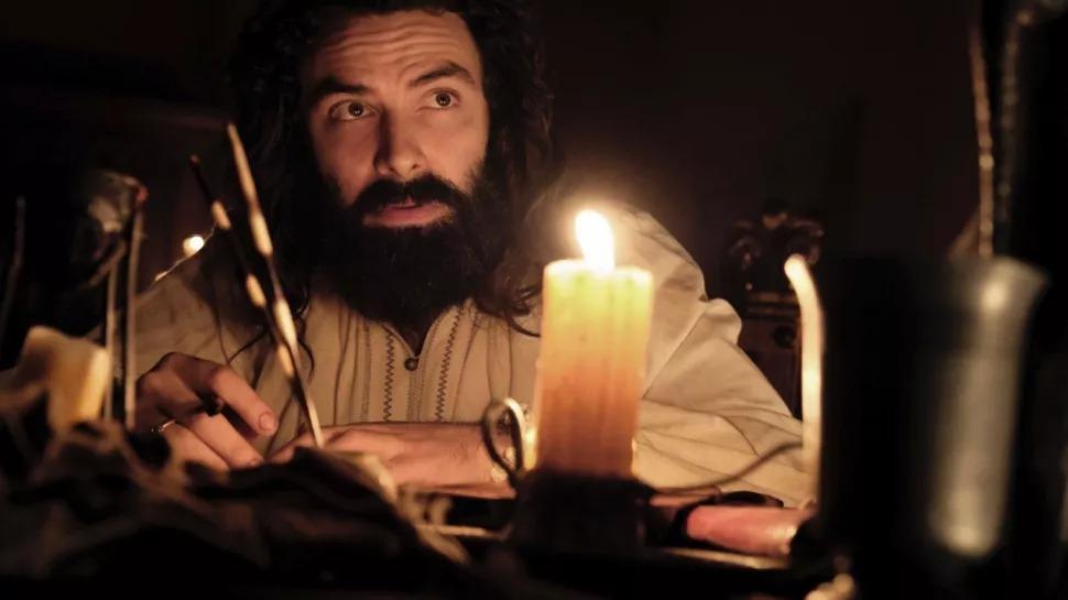 Aidan Turner dans le rôle de Léonard de Vinci :