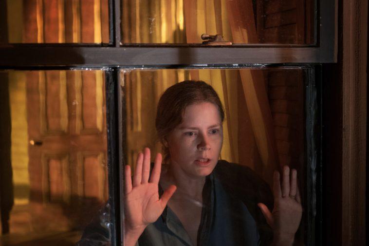 Femme à la fenêtre (2021), Amy Adams