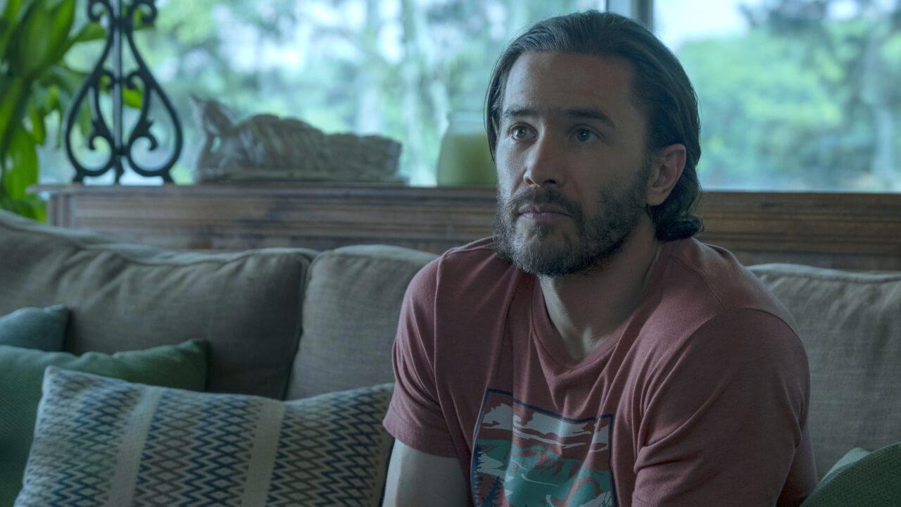 Tom Pelphrey as Ben Davis.