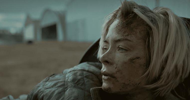 Rose est blessée et incapable de bouger – .. L'asile