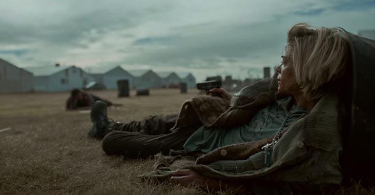 Même les blessés Rose et Ray ont continué leur confrontation dramatique – .. L'asile