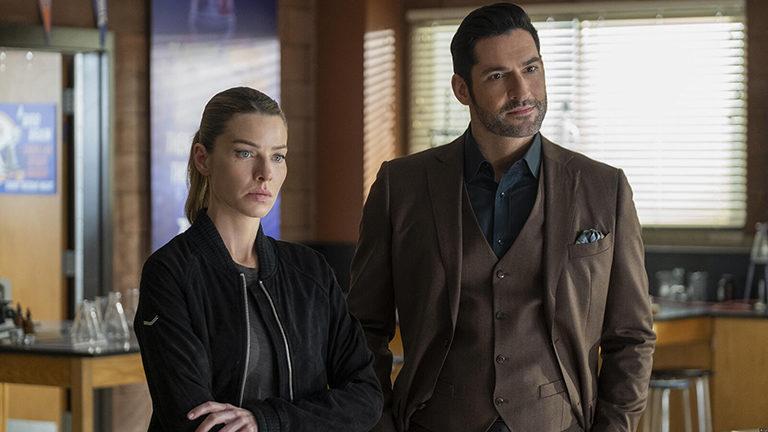 Tom Ellis et Lauren German, dans Lucifer sur Netflix