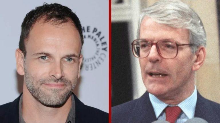 Jonny Lee Miller fera ses débuts dans The Crown en tant que Premier ministre John Major