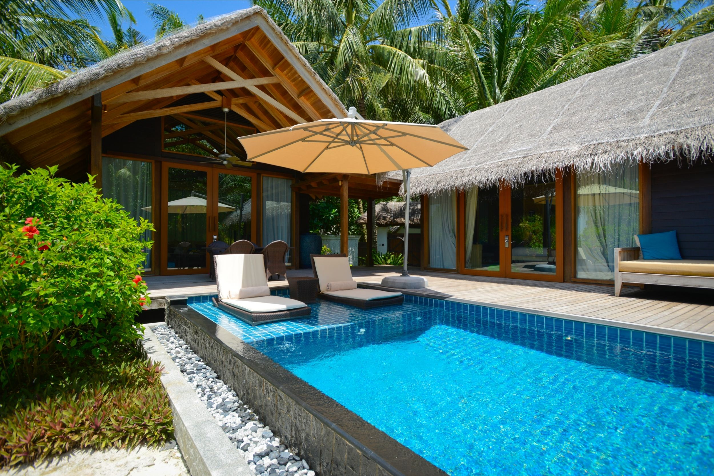villa chalet vacances avec piscine